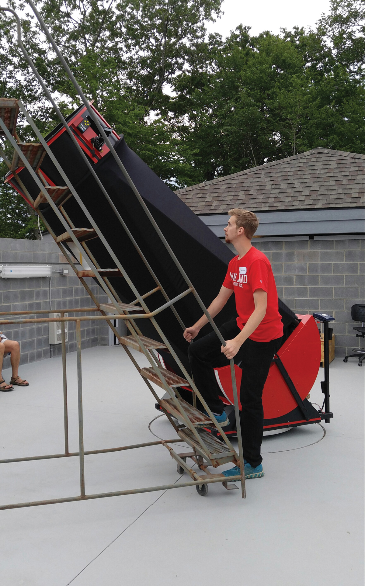 New Observatory in Burnsville Sheds Light in the Dark