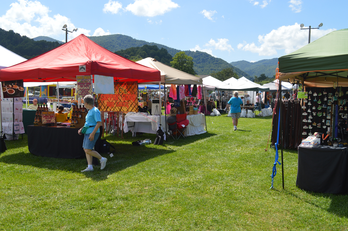 Maggie Valley Offers Ideal Setting For Craft Shows The Laurel Of Asheville