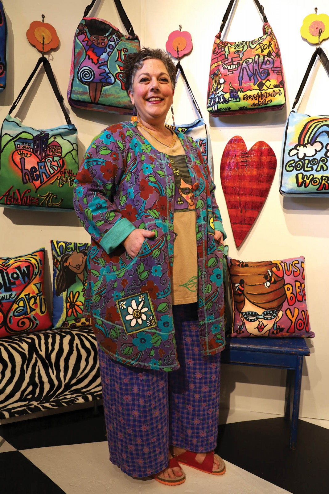 Feature Artist Suzanne Armstrong