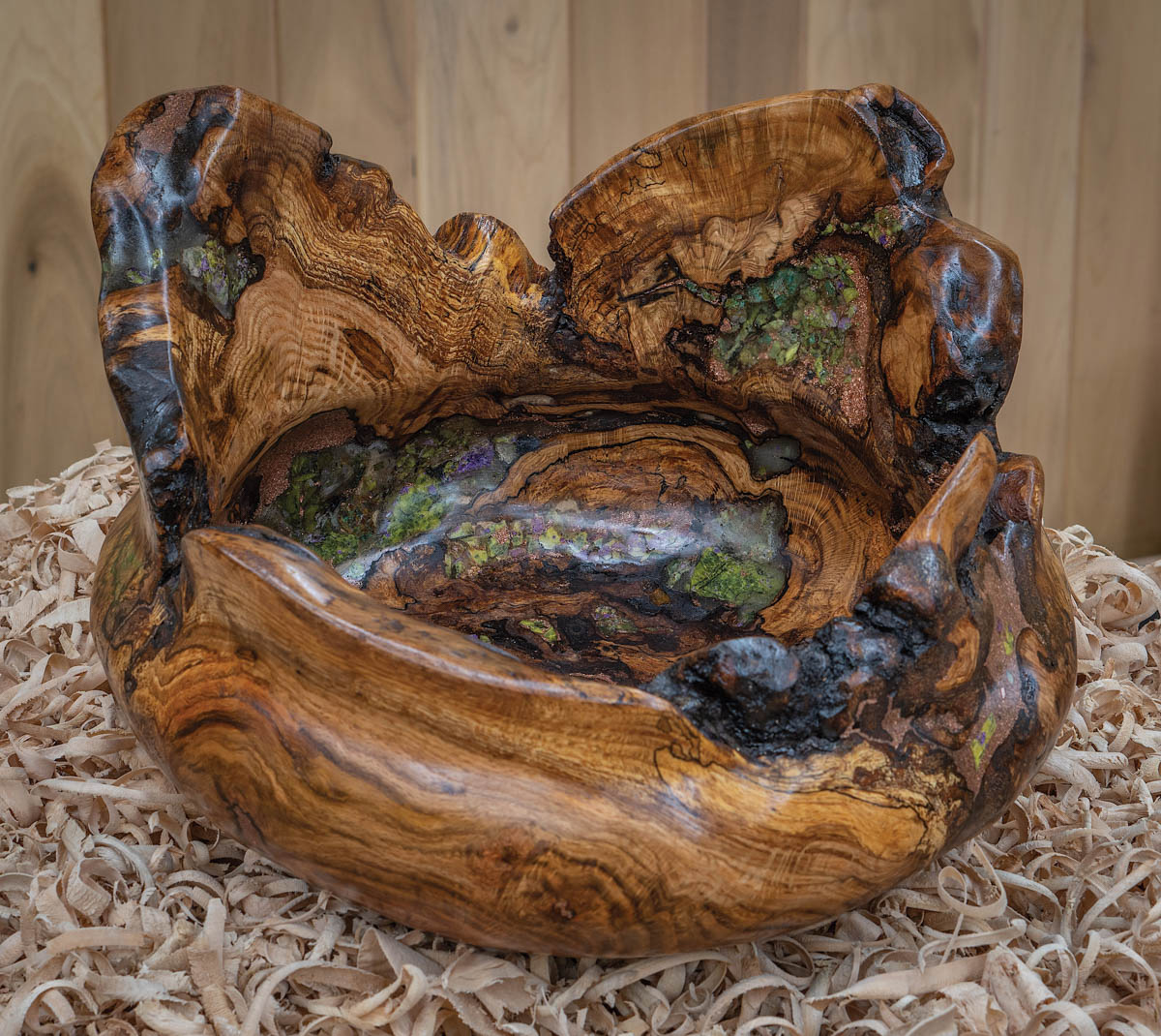 Nathan Favors bowl of burl