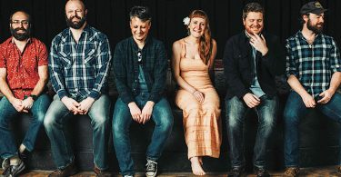 Amanda Anne Platt & The Honeycutters: Live at The Grey Eagle