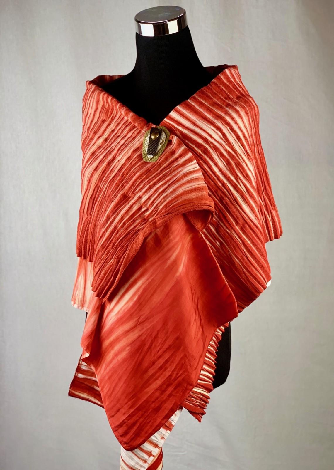 Trunk Show Features Textile Artist Diane Kuehn