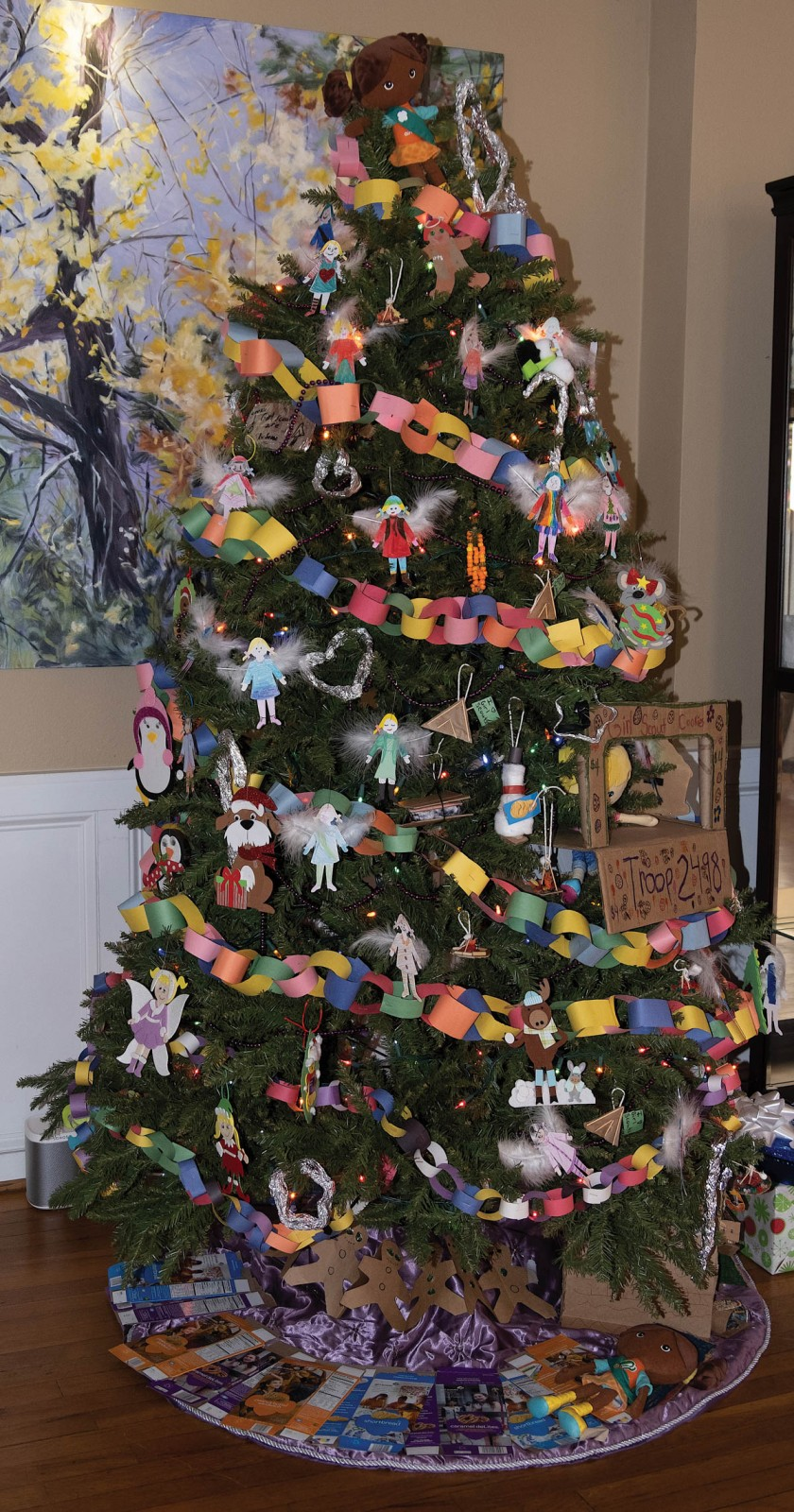 The Girl Scout Tree at The Monte Vista Hotel in Black Mountain. Photo by Matthew Kraus