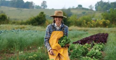 Local Farmers and Chefs Help Provide Food Security with We Give a Share
